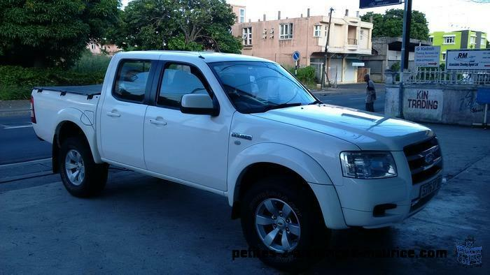 petite annonce ford ranger 4x4 a vendre albion voiture. Black Bedroom Furniture Sets. Home Design Ideas