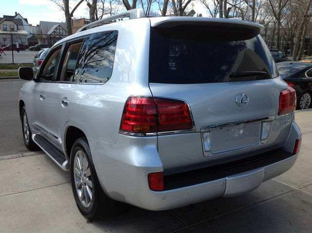 2011 Lexus LX 570 Used like New