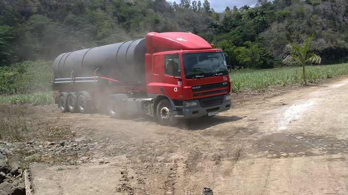 DAF CF truck for sale inclusive of tank, 2005, 1.4million, price negotiable
