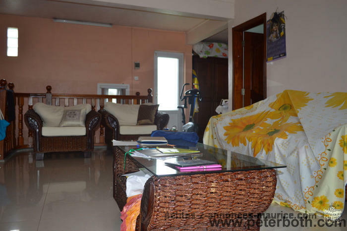 FOR SALE HOUSE AT RICHE MARE-FLACQ