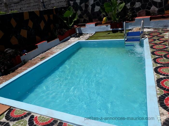New apartment with swimming pool 50 m from sea