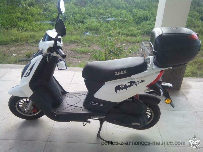 A Saisir Scooter 49.5cc
