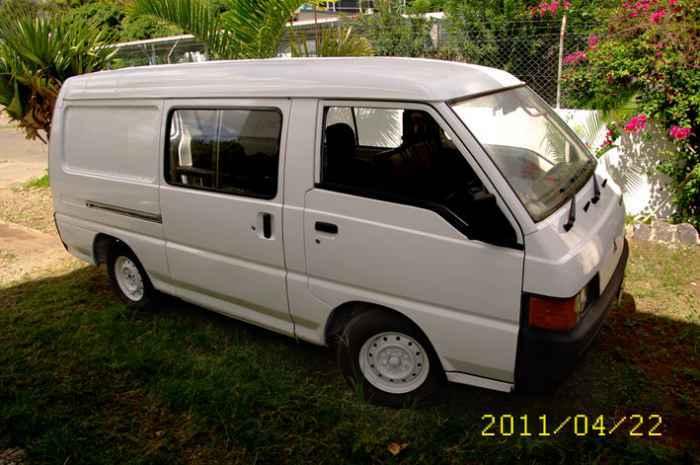 A Vendre Van Mitsubishi L300 Diesel 1992