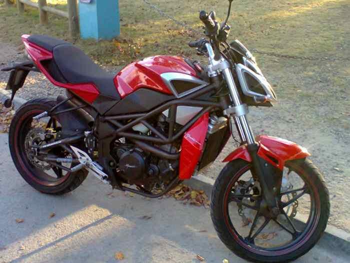 petite annonce a vendre occasion a saisir grand baie moto occasion scooter auto moto. Black Bedroom Furniture Sets. Home Design Ideas