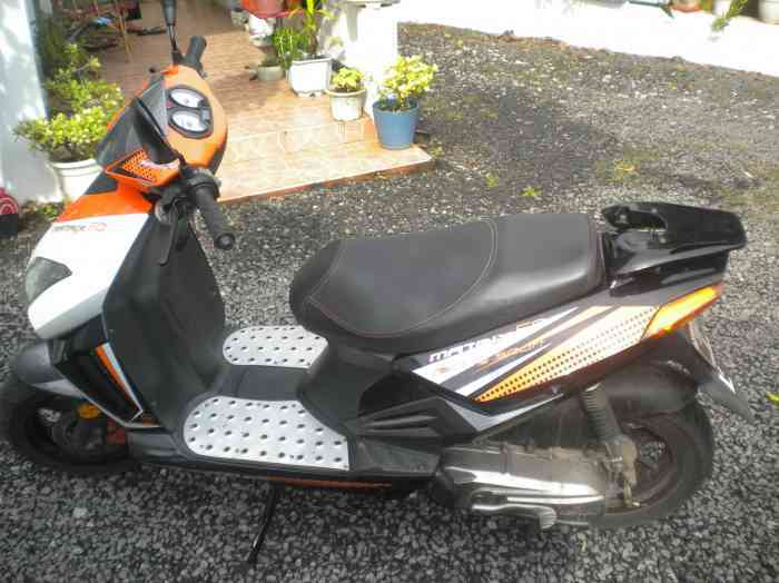 A vendre Scooter Keeway Matrix
