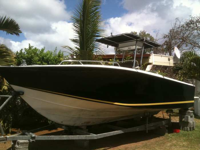 AV bateau Legend 22 pieds
