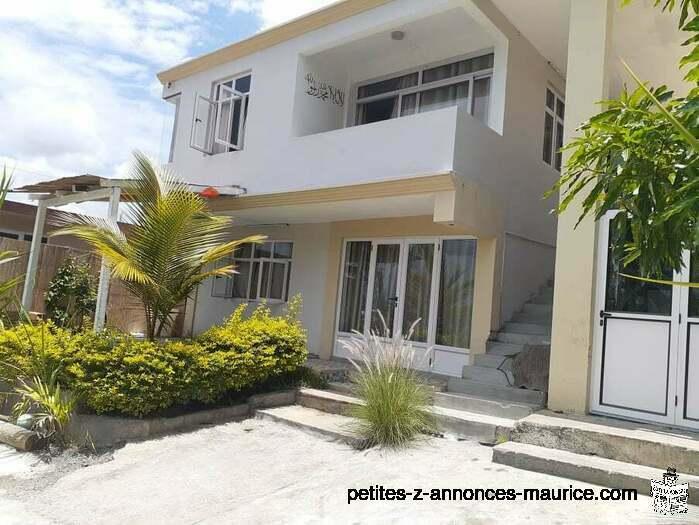 Jolie Maison a vendre Port Louis Ward 4