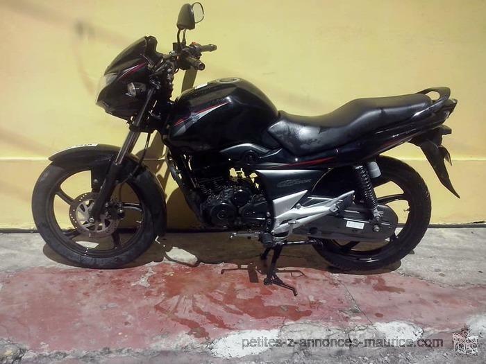 MOTORCYCLETTE GS 150 SUZUKI A VENDRE
