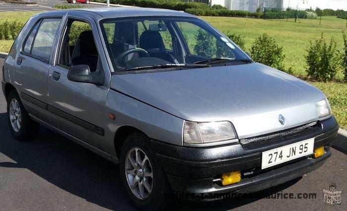 Renault Clio à vendre ou à echanger