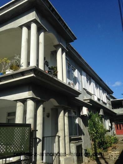 Superbe maison à étage-Rose Hill