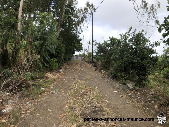 Terrain Résidentiel a Petite Cabane 17 Perches