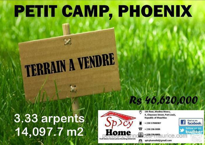 Terrain a Vendre Petit Camp Phoenix