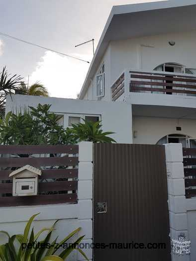 Vente: Duplex - 3 chambres - 129.92 m²