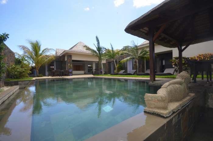 Villa RES tres moderne et spacieuse avec piscine, dans le nord de l'ile