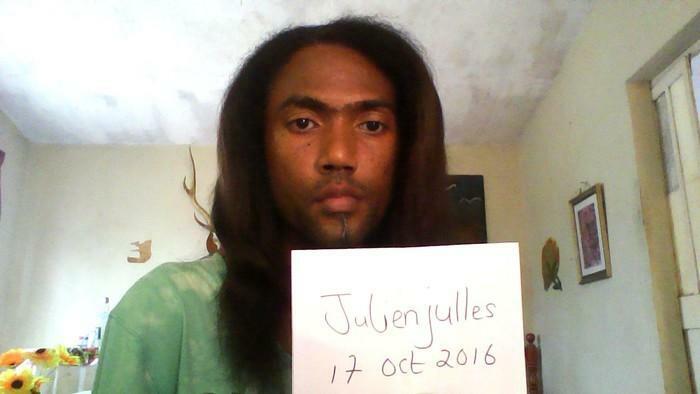 julien jeune metis gay passif mauricien cherche jeune mec blanc