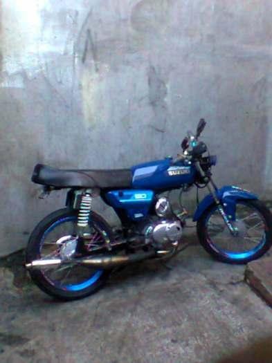 moto suzuki 50